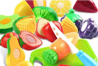 [12pcs Fruit Toys @ 58% Savings!] B$8 instead of B$19 for a unit of 12pcs Plastic Fruit Vegetable Kitchen Cutting Toy. Redemption at SD HQ, Anggerek Desa
