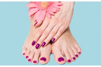 [5in1 Hand & Feet Pamper session @ 61% Savings!] B$15 instead of B$38 for Manicure + Pedicure + Color + Foot Spa + foot massage at Oxygen Salon, Delima Square.