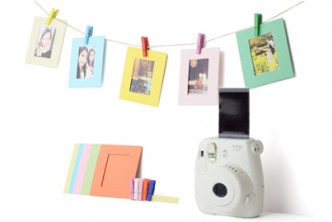 *FROM U.S.*[86IN1 Fujifilm Instax  Kit @ 74% Savings!] B$22 instead of B$85 for a unit of 5IN1 Fujifilm Instax Mini 8/9 Accessories Kit Including Pack of 60 Sticker Frames + 10 Plastic Desk Frames + 20 Hanging Frames + MORE. Redemption at SD HQ, Gadong.