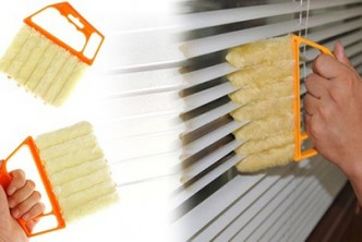 [Venetian Blinds Cleaning Brush @ 79% Savings!] B$8 instead of B$38 for a unit of Microfibre Cleaning Brush for Venetian Blind Slats. Redemption at SD HQ,Gadong.