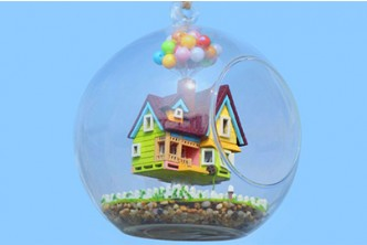 [Miniature DIY Dollhouse in Glass @ 58% Savings!] B$22 instead of B$53 for a unit of Miniature DIY Dollhouse in Glass Casing,  Redemption at SD HQ, Gadong.