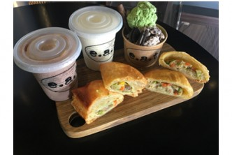 [E.A.T – 'Grab-Eat' @ 33% Savings!] B$12 instead of B$18 for 2 Pastry + 2 Milkshake + 1 cup of 3 scoops ice-cream with one topping at Little SOHO, Batu Bersurat.