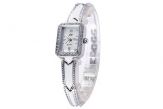 [JW Crystal Watch @ 84% Savings] B$15 instead of B$99 for a set of JW Crystal Watch. Redemption at SD HQ, Gadong