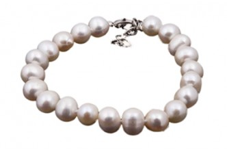*Swarovski Fever* [Freshwater Pearl Bracelet @ 90% Savings!] $10 instead of $100 for a unit of Freshwater Pearl Bracelet. Redemption at SD HQ, Anggerek Desa