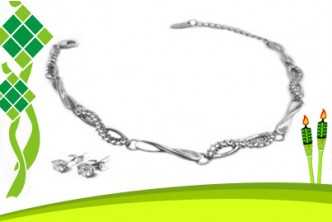 Raya Deal* [Crystal Infinity Duo Set Made With Swarovski Elements @ 78% Savings!] B$16 instead of B$73.50 for a unit of Crystal Infinity Duo Set Made With Swarovski Elements. Redemption at SD HQ, Anggerek Desa