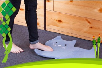 Raya Deal* -Design Subject to availability- [Floor Mat @ 87% Savings!] B$5 instead of B$39 for a unit of Plush Animal-Shaped Floor Mat. (Choose from Elephant/Cat/Duck) Redemption at SD HQ, Anggerek Desa.